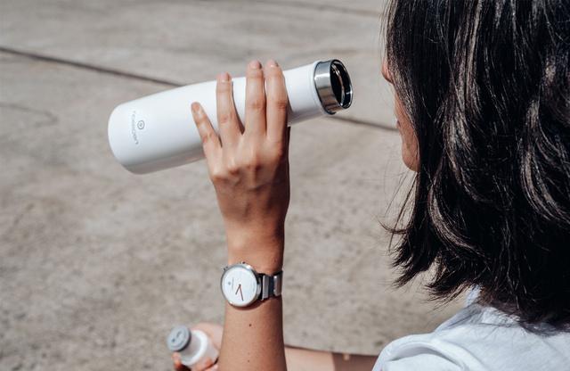 除菌ができるスマートボトルをマイボトルに【Liz Smart Bottle】