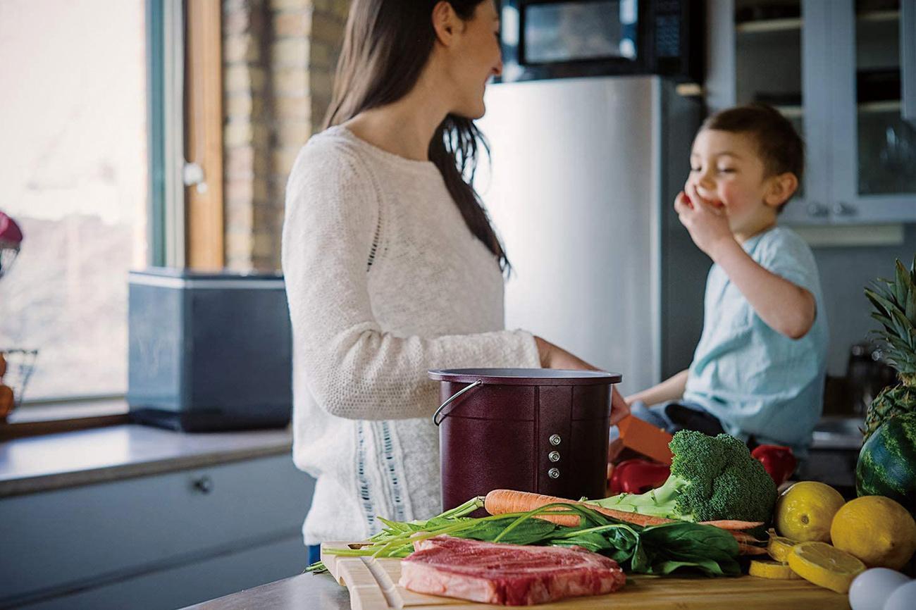 Foodcycler(フードサイクラー) 自宅で生ごみを肥料に 環境に優しい生ごみリサイクルマシーン