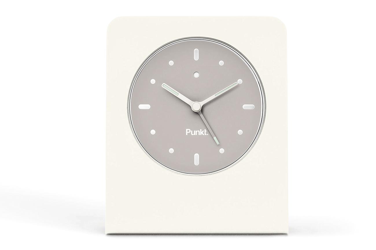 Punkt. AC 01アラームクロック 寝室に必要な唯一のテクノロジー