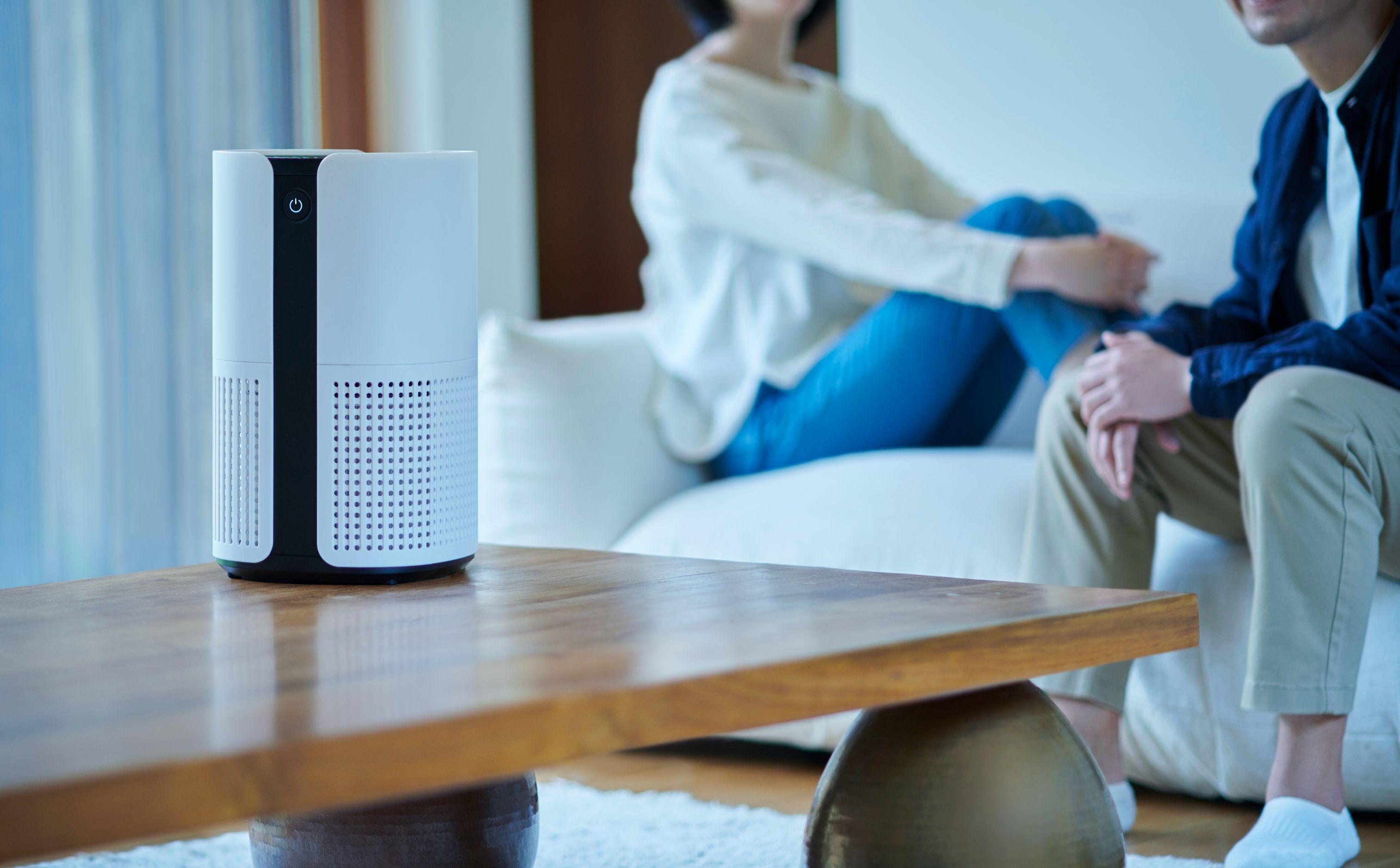 家のあらゆる場所に置けるコンパクトな空気清浄機【Bright(ブライト)】